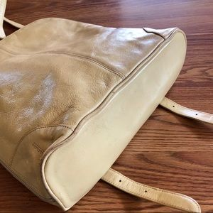 latico Bags - Vanilla Leather Full Zip Backpack
